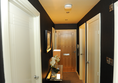 Stirling Luxury Apartments - Entrance Hallway