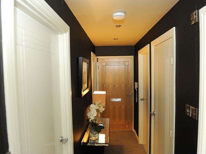 Stirling Luxury Apartments Entrance Hallway