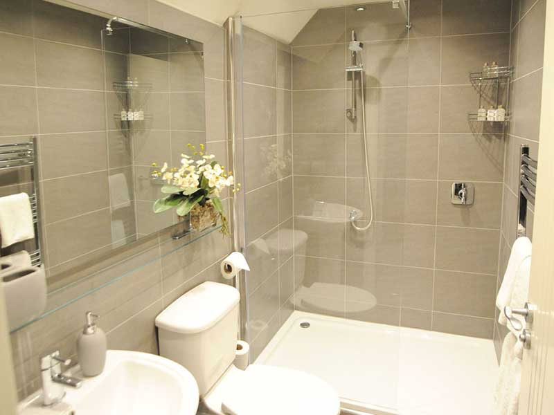 Stiriing Luxury Apartments   Bathroom